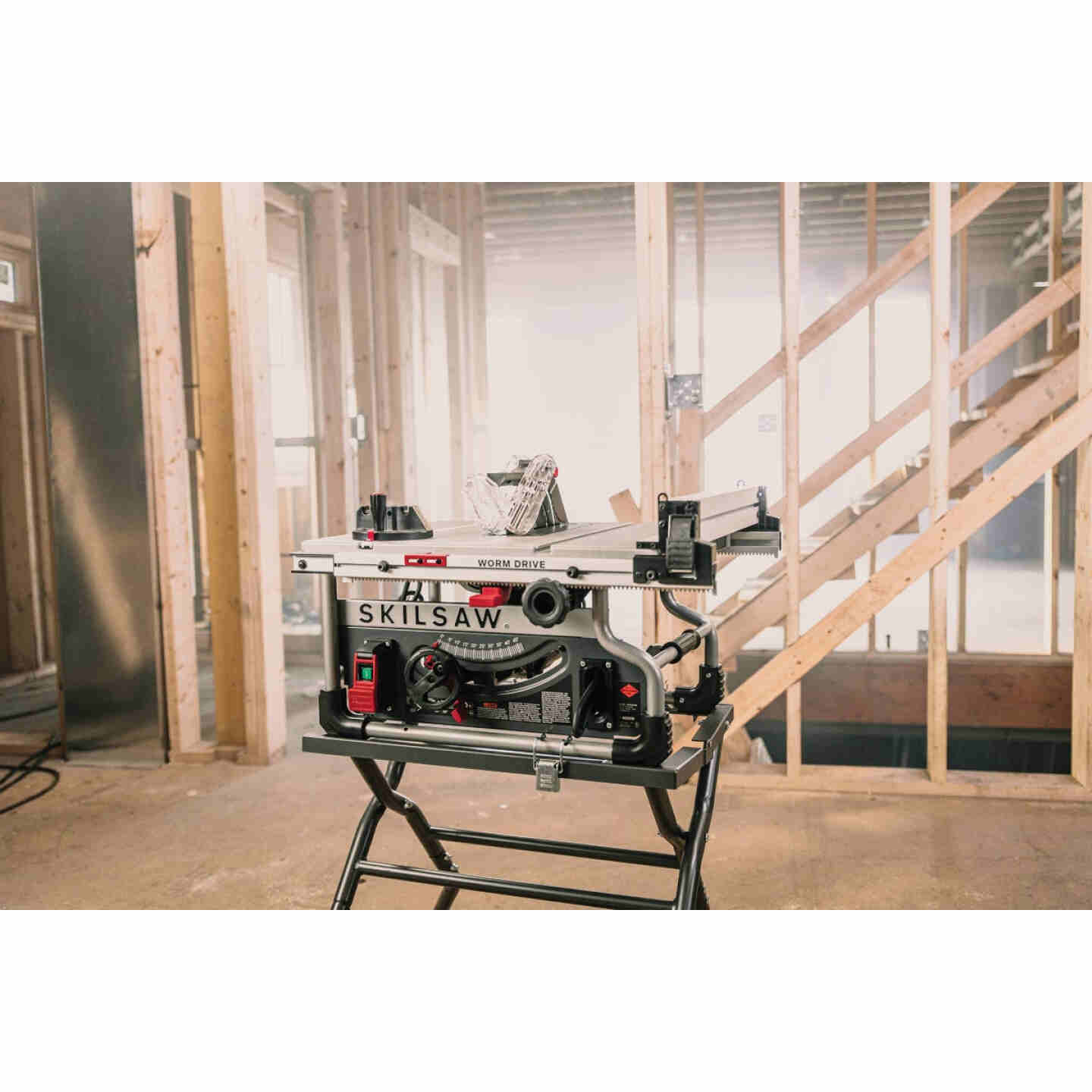 SKILSAW 15-Amp 8-1/4 In. Portable Worm Drive Table Saw Image 5